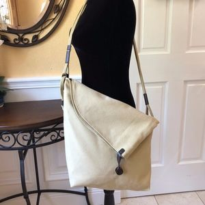 NWT! High Quality Canvas Crossbody Bag